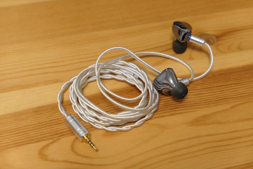 iBasso Audio IT01S 2.5mmバランスケーブル