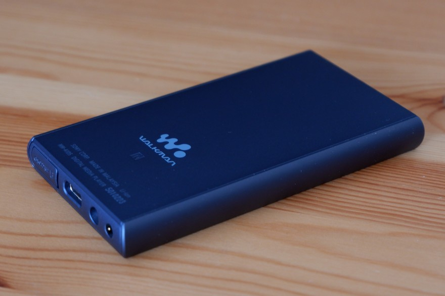 SONY NW-A105 背面